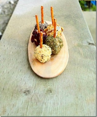 Mini Cheese Ball Appetizers on a Stick