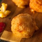 Baked Macaroni and Cheese Bites