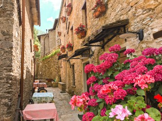 10 Beautiful Backgrounds of Hidden Italian Places Free Zoom Backgrounds Creative Edge Travel