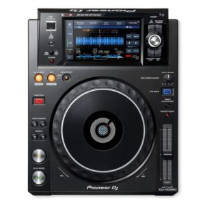 XDJ1000MK2 rekordbox DJ Controller with 7 Touchscreen
