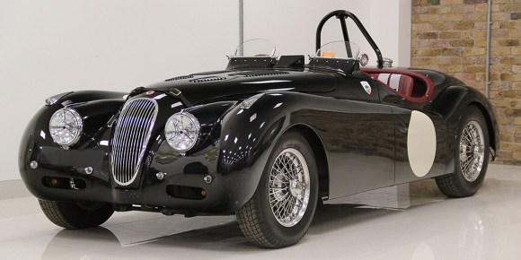 lux-classics-1952-jaguar-xk120-competition-roadster-racing-green-front-lead-crop-u46017
