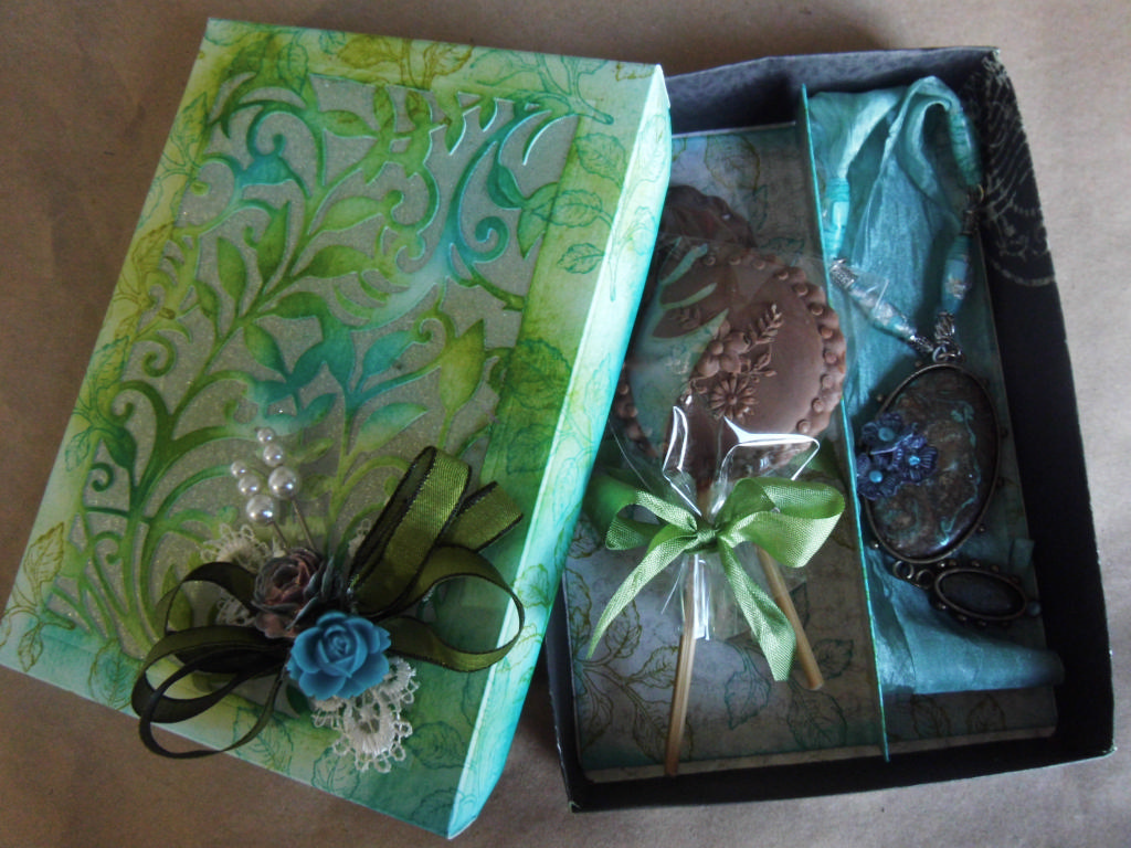 Green Blue Necklace And Chocolate Box Part 1