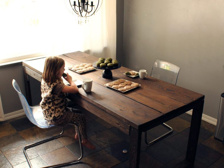 Make A Wooden Kitchen Dining Table DIY