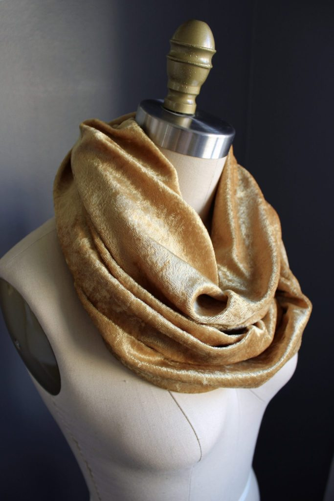 how to sew a scarf
