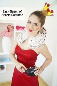 queen of hearts DIY Halloween costume for women