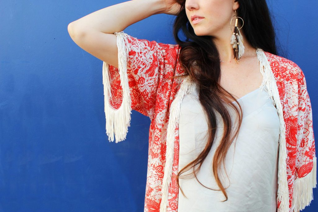 How to make a free people inspired DIY boho kimono with sleeves from scratch