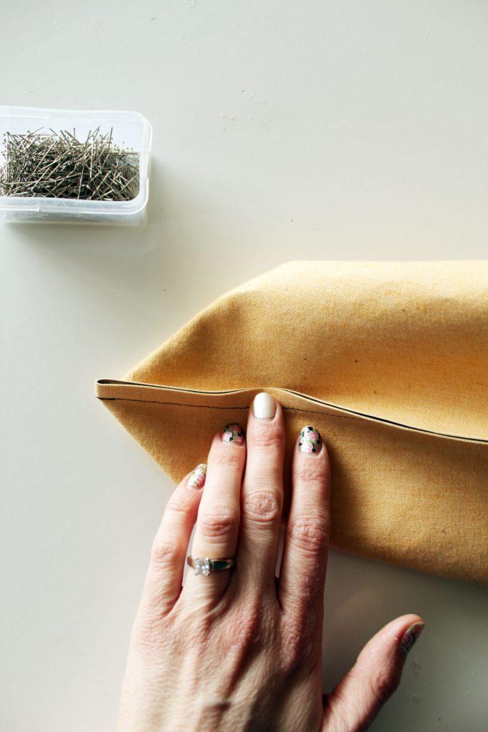 Steps to make a DIY Messenger Bag -