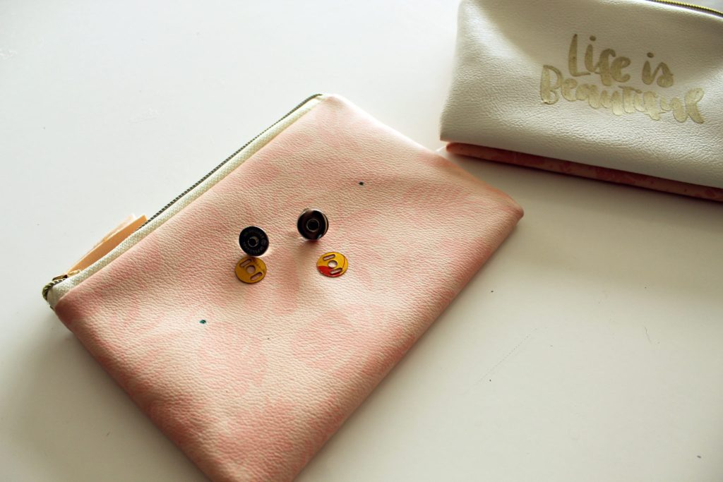 Make your own Magnetic Pocket Purse Organizer