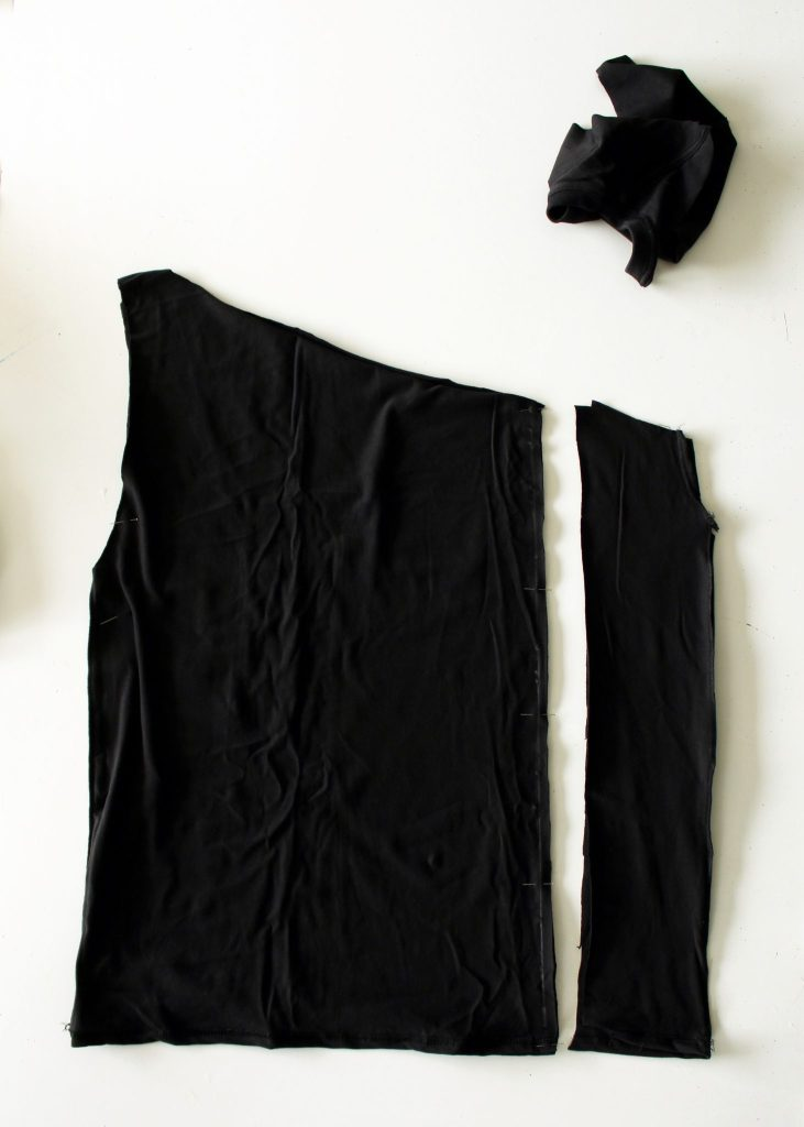 DIY an asymmetrical shoulder ruffle top from an old tshirt