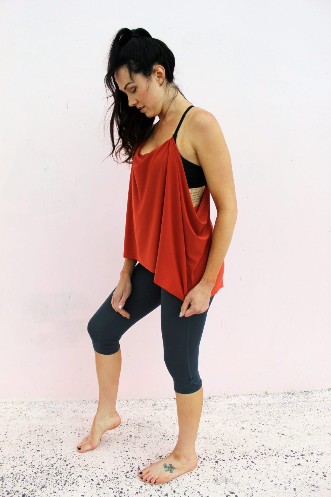 diy workout shirt tutorial . make a lulu lemon knockoff