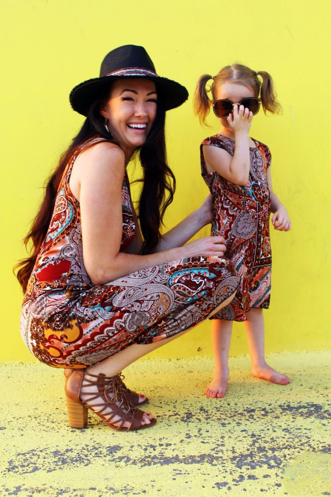 How to make DIY matching mommy and me fashion tee shirt dresses