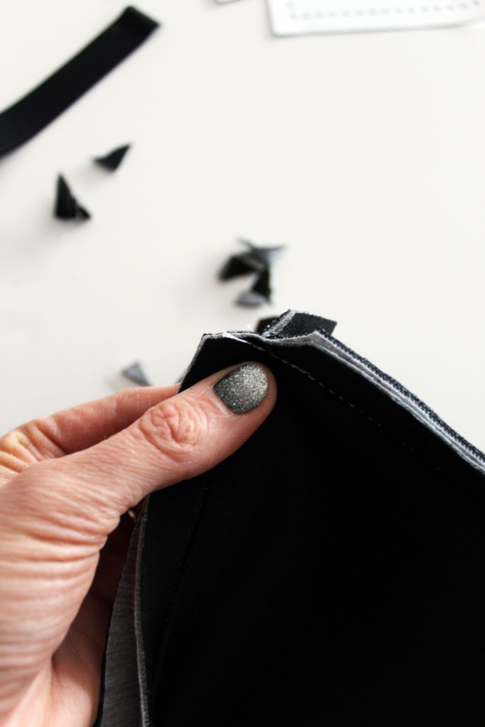 How to sew a minimalist neoprene tote bag from scratch
