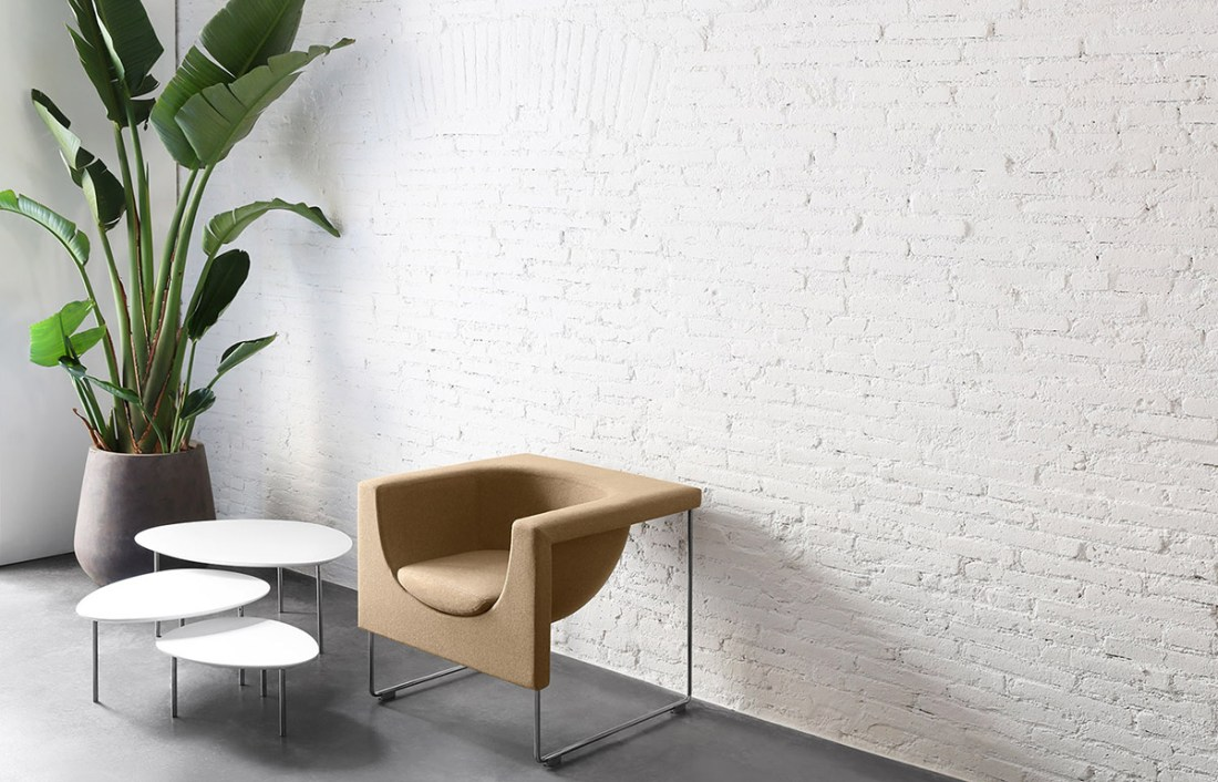 Eclipse Sofa Tables by STUA