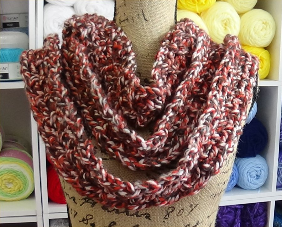 Chain Reaction Scarf Brown Sugar