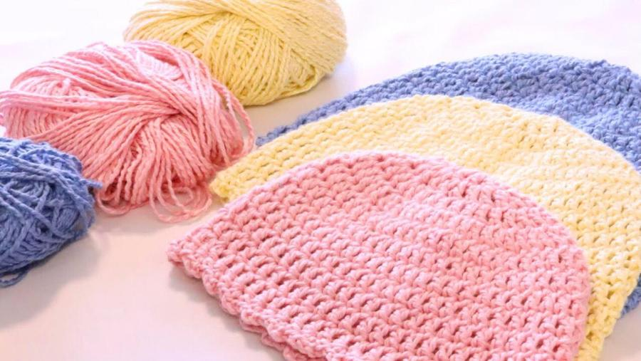 # 902 Easy Crocheted baby Hat Photo