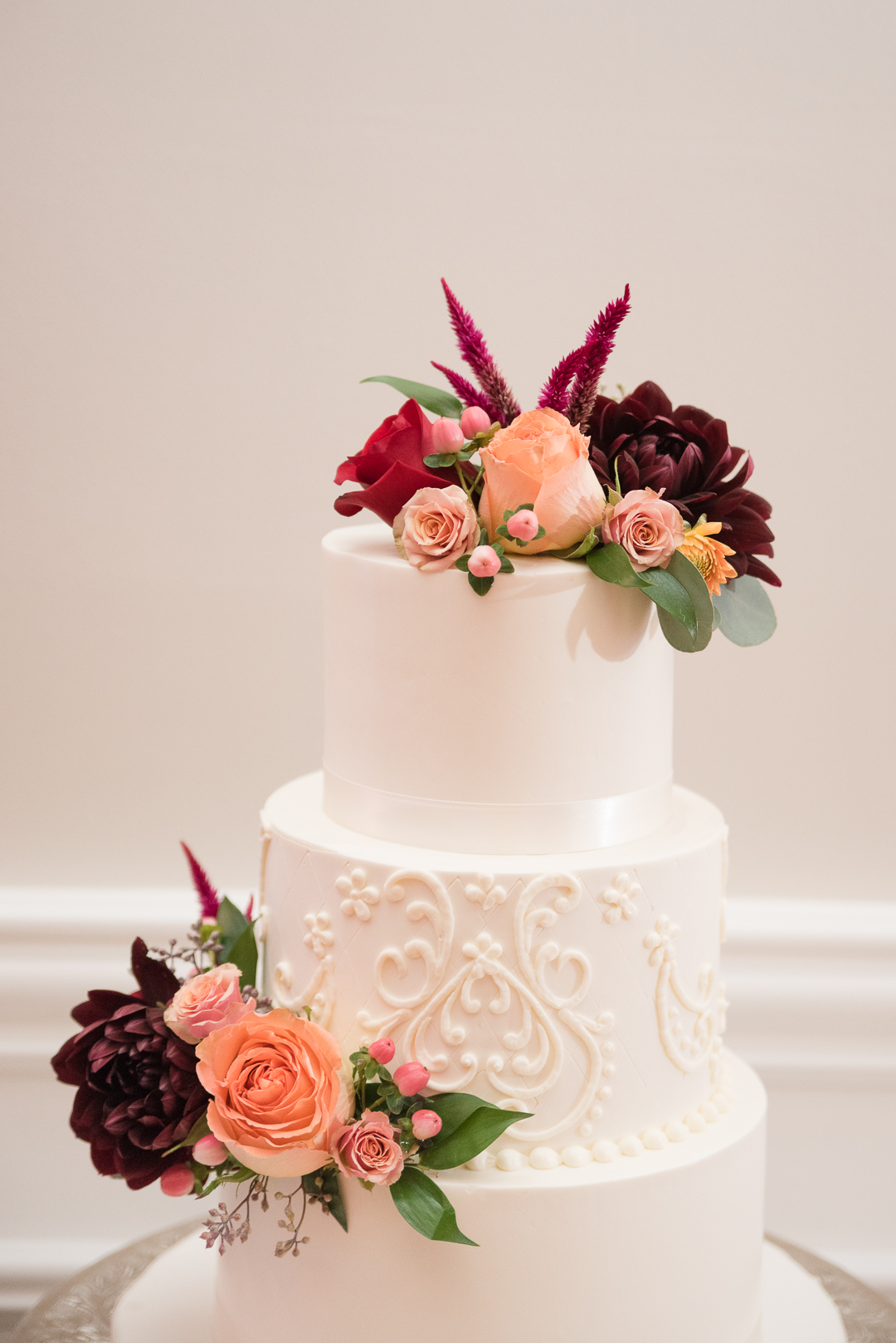 October wedding cake