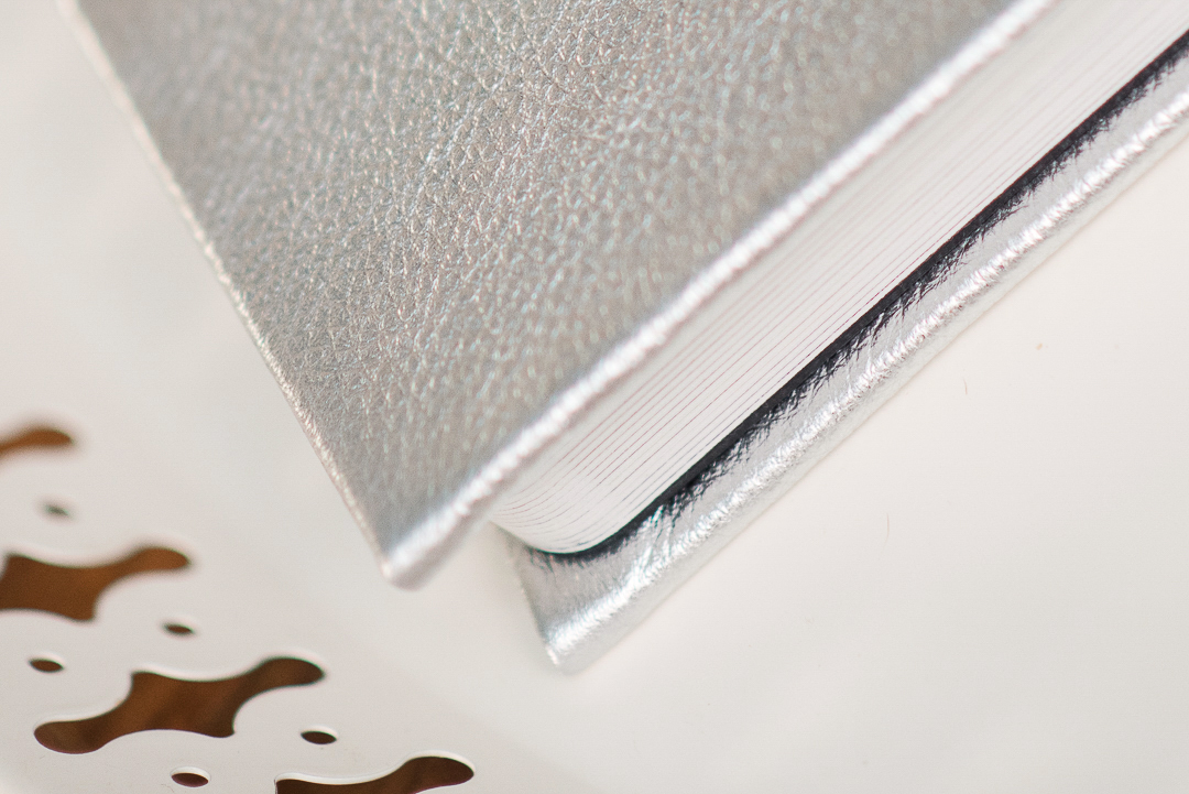 Thick pages to wedding book