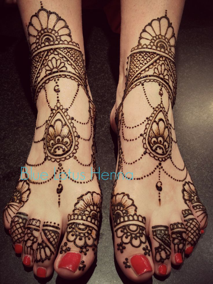 mughal inspired feet mehndi design