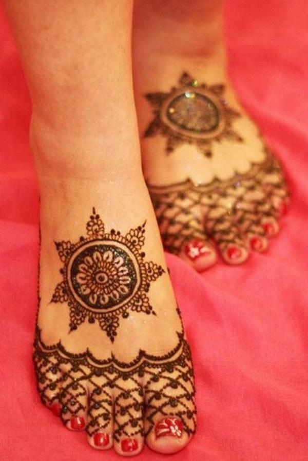 tikki mehndi design for feet