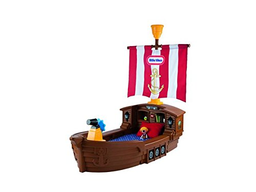 Pirate-ship-toddler-bed-with sail