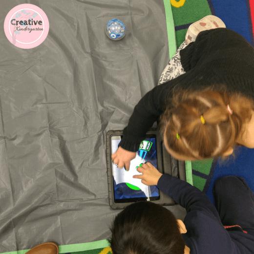Using a Sphero in a kindergarten classroom.