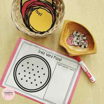 Sight word pizza literacy activity. Great for kindergarten literacy centers to practice sight word recognition and spelling.