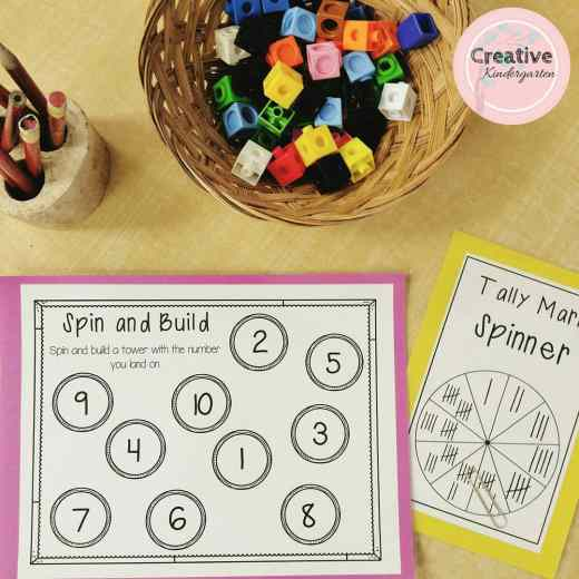 Spin and Build math game for one-to-one correspondence and number sense. Great kindergarten math center.