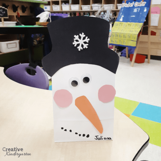 Snowman gift bag for christmas presents. Decorate these cute bags to send home student gifts