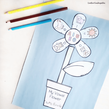 Reinforce vowels and their sounds with this fun craft. Students make a flower with the different vowels.