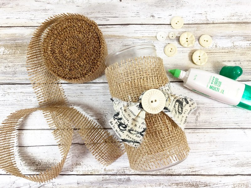 Craft Lightning Upcycle a Burlap Vase with Beth Watson