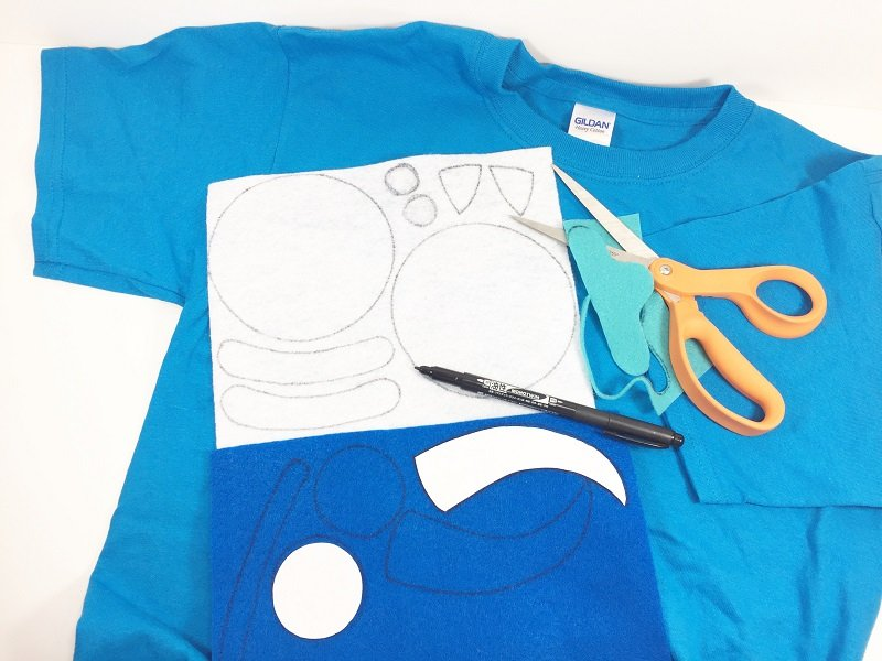 Download and cut out free patterns to create a Sully t-shirt costume