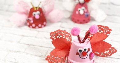 Dollar Tree Clay Pot Love Bugs Craft Creatively Beth #creativelybeth #dollartreecrafts #kidscrafts #claypotcrafts #valentinesdaycrafts