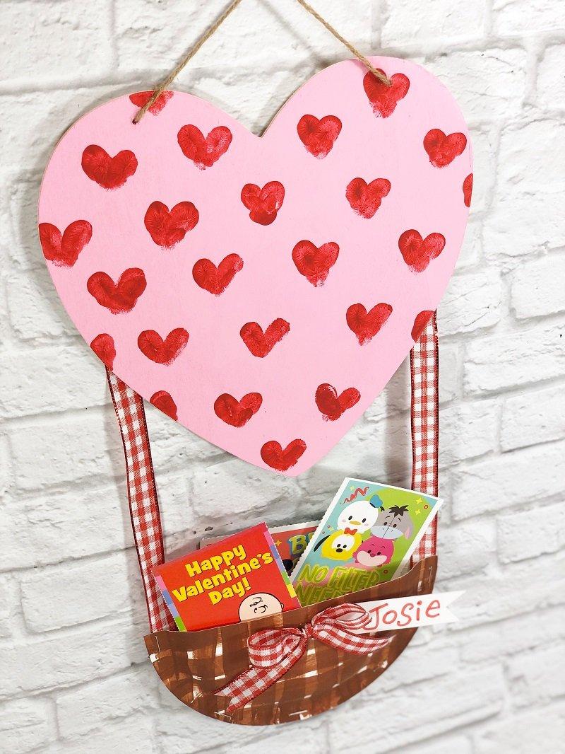 Classroom Hot Air Balloon Valentine Mailbox Creatively Beth #creativelybeth #dollartreecrafts #kidscrafts #valentinesdaycrafts
