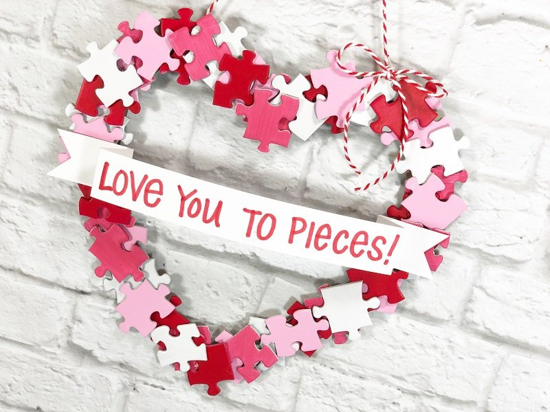 Quick and Easy Puzzle Piece Heart Shaped Wreath Creatively Beth #creativelybeth #dollartreecrafts #heart #valentinesdaycrafts #kidscrafts