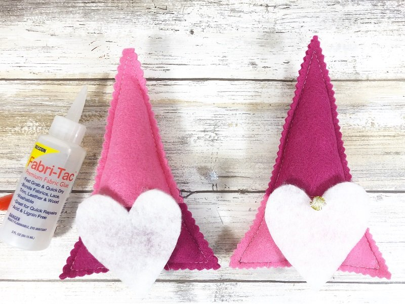 Attach beard and pom pom nose Creatively Beth #creativelybeth #polyfil #gnomes #stuffies #valentinesdaycrafts