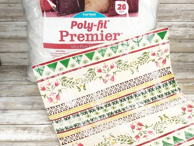 Stenciled Ugly Christmas Sweater Pillow with Fairfield World by Creatively Beth #creativelybeth #fairfieldworls #uglychristmassweater #pillowparty2020 #stenciled #decoart