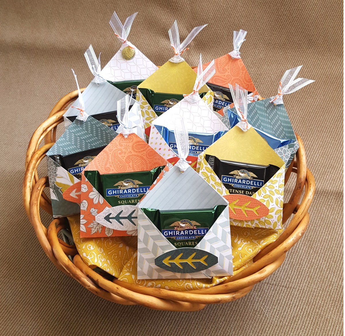 Guests Events With Diy Paper Pocket