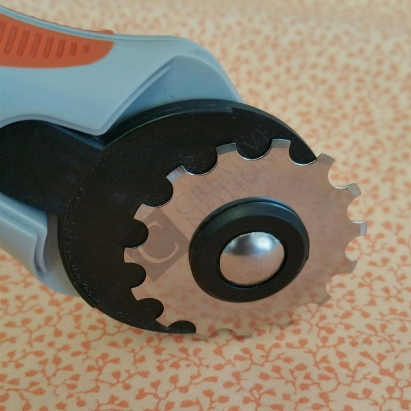 Skip Stitch Blade Perforator Tool Rotary Cutter