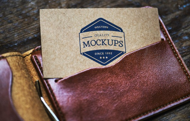 Free PSD business card in wallet Mockup
