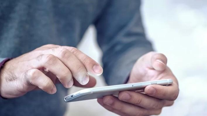 أفضل 11 تطبيق لصناع الأفلام باستخدام هاتف آيفون