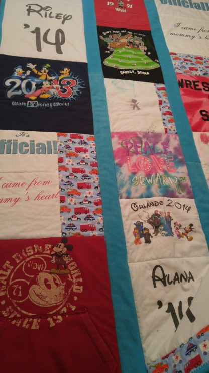 Random placing of quilt squares