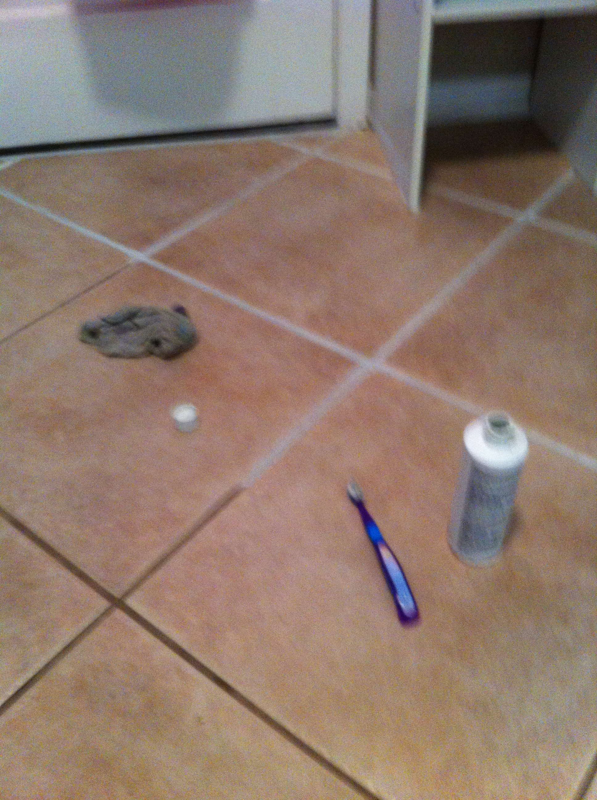 cleaning vs painting grout creative