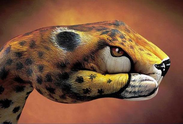 animal painted on hand