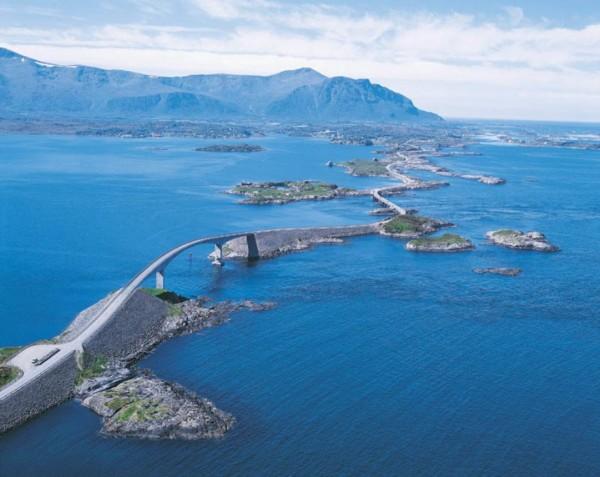beautiful-roads-around-the-world-2