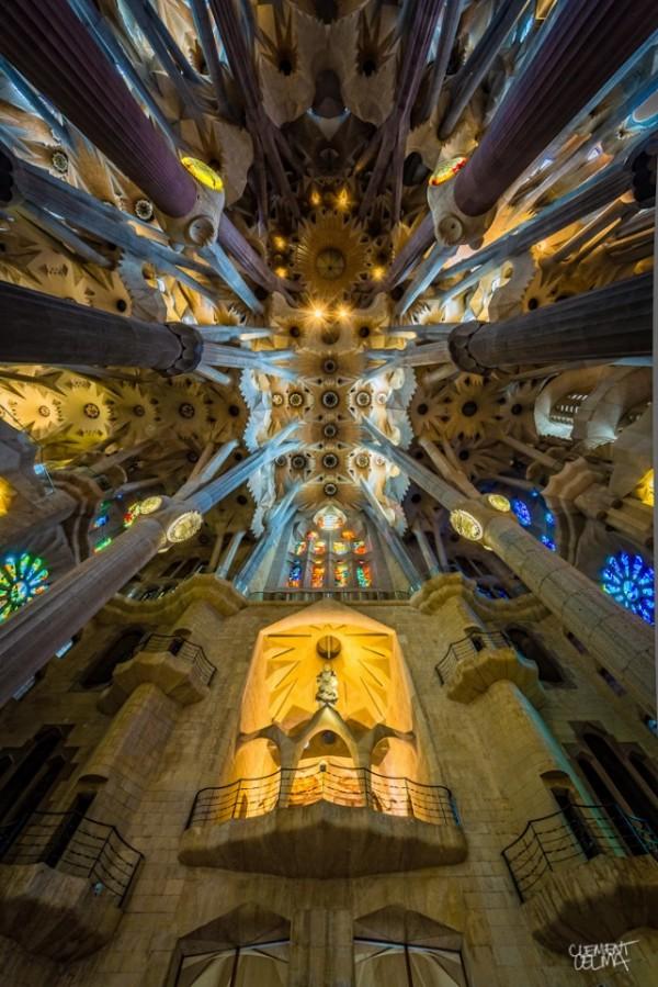Sagrada-Familia-Perspectives-640x959