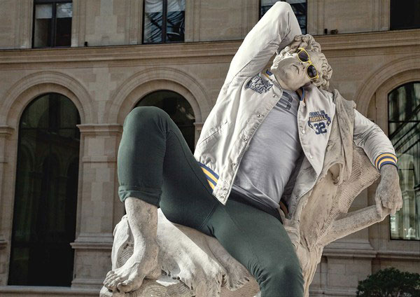 classic-statues-in-modern-clothes-leo-caillard-alexis-persani-3