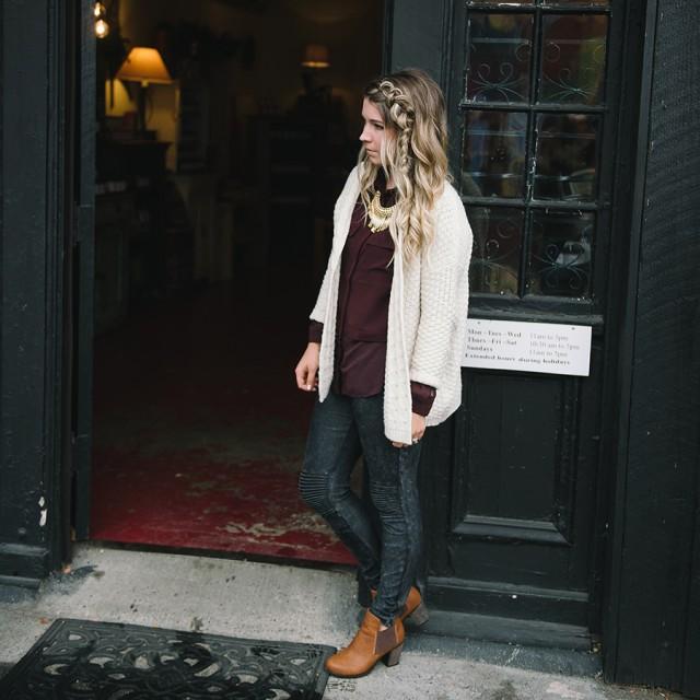 A Cozy Casual Lookbook   Creative Wife & Joyful Worker