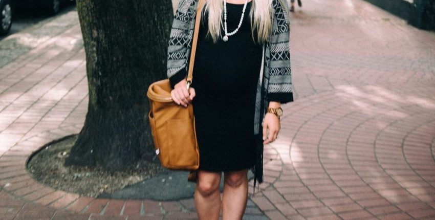 Cute and Boho Maternity Style