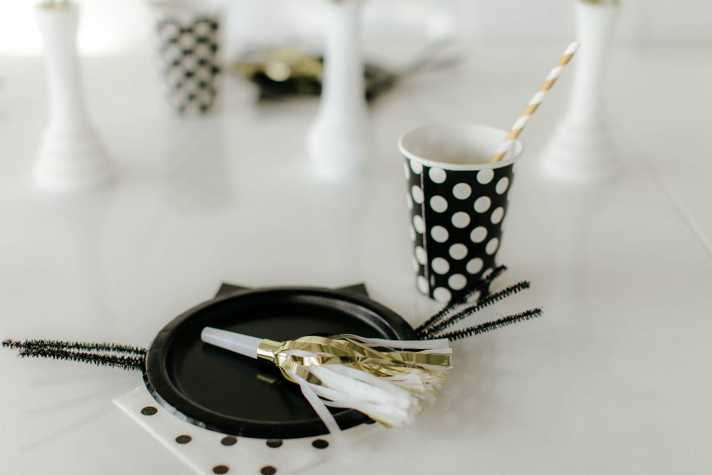 Black and White Table Decor for Gender Neutral Birthday Party
