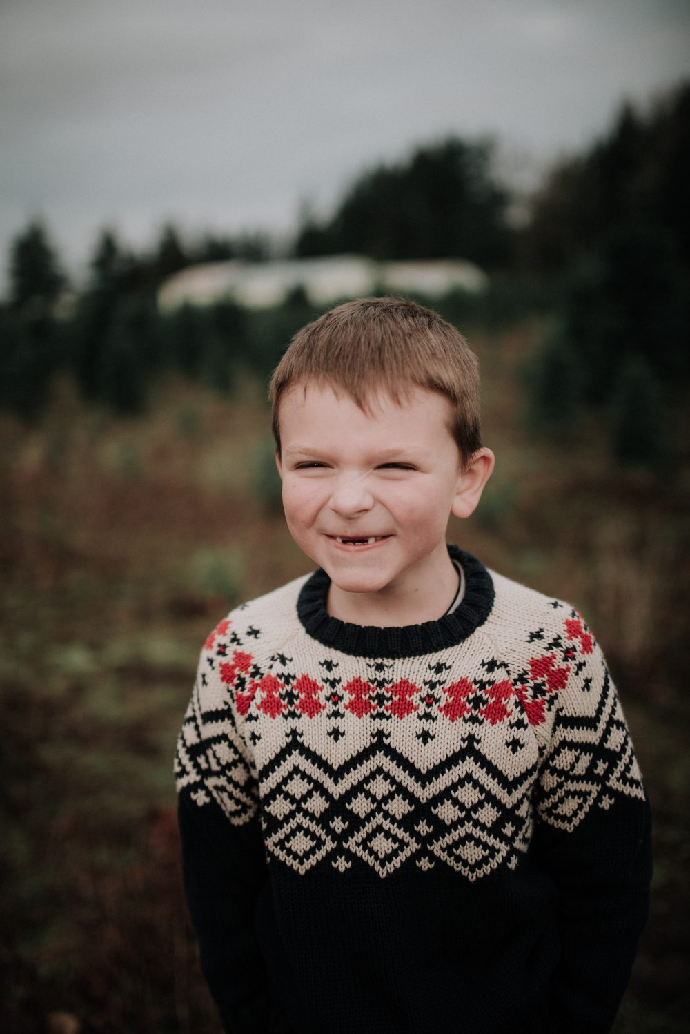 Boy Style | Christmas themed holiday Family Photos with kids